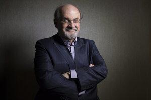 Rushdie nie je prvoplánovo čierno-biely autor.