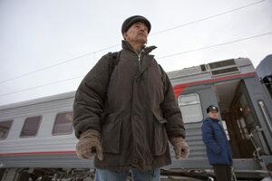 Valentin Danilov po prepustení prichádza na stanicu vNovosibirsku.