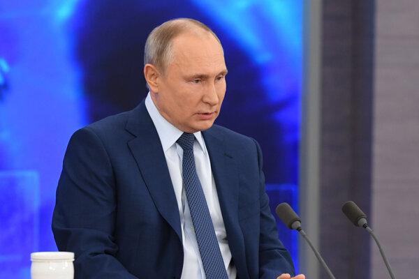 Ruské hnutie školákov založil v roku 2015 dekrétom prezident Vladimír Putin.