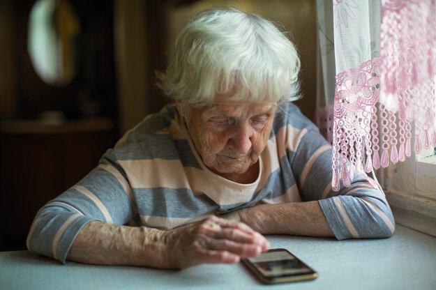 Podvodníci klamú seniorov pri sčítaní