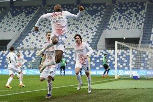 Rafael Leao (AC Miláno) oslavuje najrýchlejší gól v Serii A.