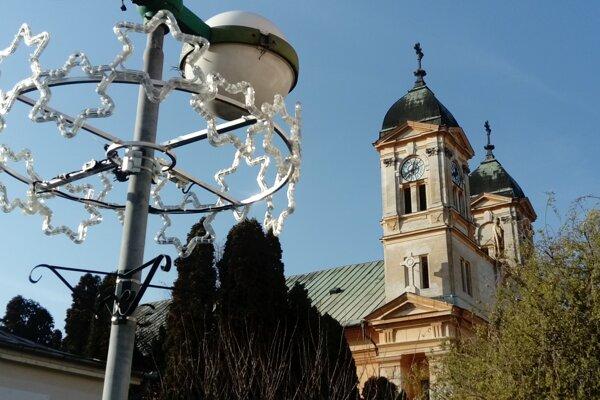 Kostol sv. Michala v Leviciach.
