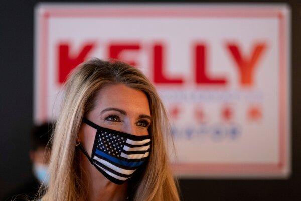 Jedno z dvoch miest v Senáte za štát Georgia obhajuje republikánska kandidátka Kelly Loefflerová.