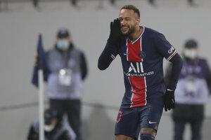 Neymar oslavuje druhý gól PSG vo finále francúzskeho Superpohára.