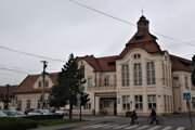 ilustračné foto - Budova mestského úradu vo Fiľakove.