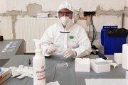 Veterinár najprv Ag testy vyhodnocoval, potom už nemohol.