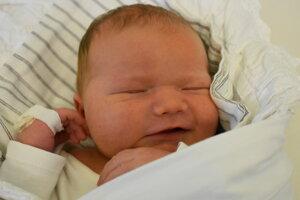 Lívia Ratulovská (4240 g, 50 cm) sa narodila 9. januára Anne a Michalovi z Brvnišťa.