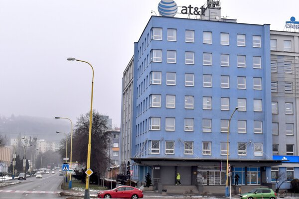 O prepúšťaní sa hovorí medzi zamestnancami AT&T v Košiciach.