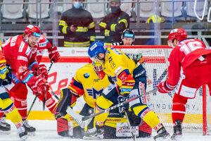 Momentka zo zápasu HC Oceláři Třinec - Madeta Motor České Budějovice.