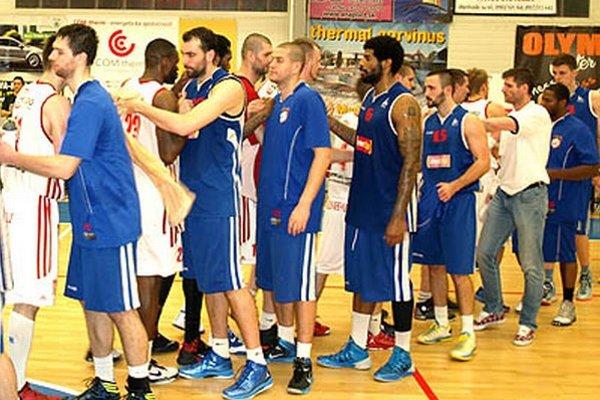 Dobojované - Nitrania museli na konci štvrťfinálovej série blahoželať hráčom Komárna.