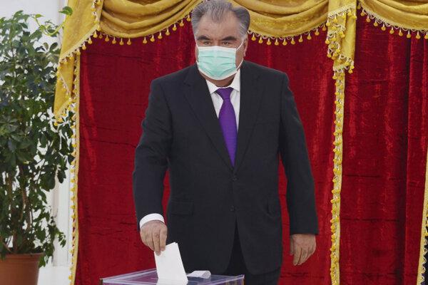 Tadžický prezident Emomali Rachmon.
