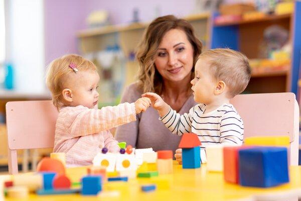 Duálne vzdelávanie budú môcť absolvovať aj učiteľky v materských školách.