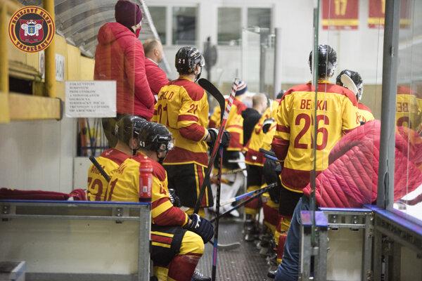 Topoľčianski hokejisti prehrali na domácom ľade.