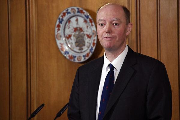 Chris Whitty, hlavný britský epidemiológ pre pandémiu Covid-19