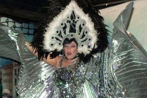 Kabaret Madam Iris bude v sobotu v Starom divadle Karola Spišáka.
