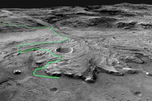 Približná cesta roveru Perserverance v kráteri Jezero. Polovicu z nej by mohol zdolať za dva pozemské roky, teda jeden marťanský rok.