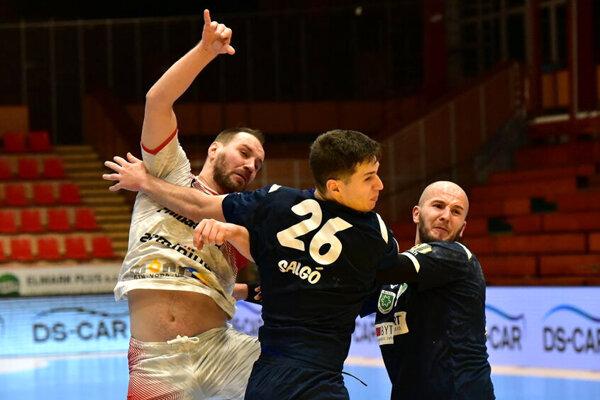 Mykola Melnyk (v bielom) strelil v sobotu päť gólov.