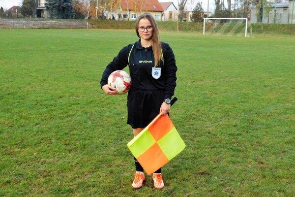 Renáta Balážiková pôsobí ako rozhodkyňa v súťažiach OBFZ Trnava.