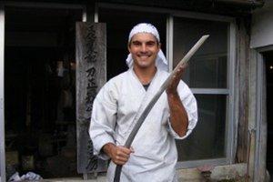 Nitran Martin Horňák s typom meča Kenukigata Tachi.