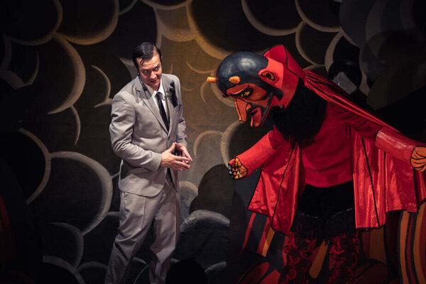 Na dosky Starého divadla Karola Spišáka v Nitre sa vracia legendárny Faust.