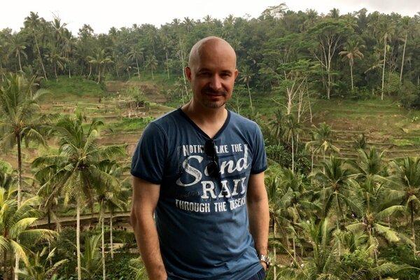 Roman Szegedi na Bali