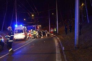 Nehoda na Novom Kališti v Banskej Bystrici sa skončila tragicky.