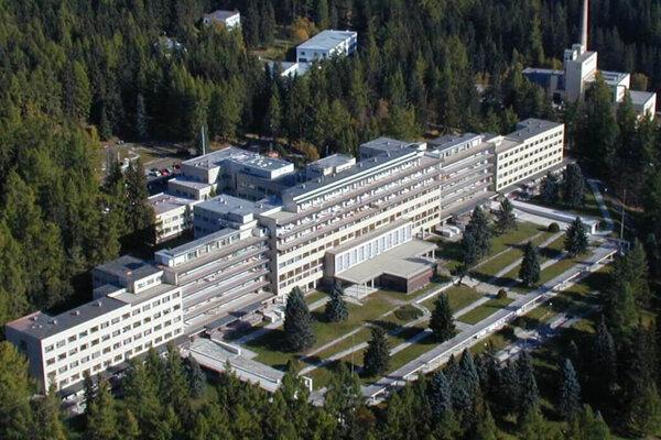 Národný ústav vo Vyšných Hágoch má veľkorysé kapacity, ktoré by mohli zaplniť pacienti s postcovidovým syndrómom.