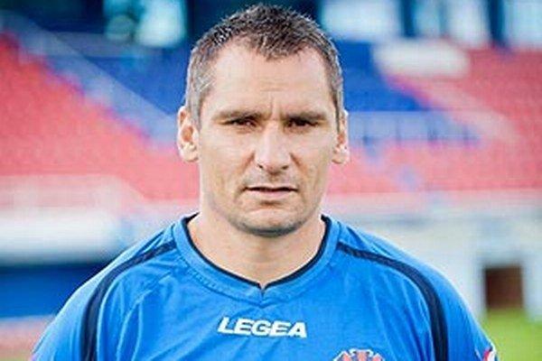 Branislavovi Mrázovi adaptáciu na Corgoň ligu uľahčil fakt, že prišiel do poctivého a fungujúceho futbalového klubu.