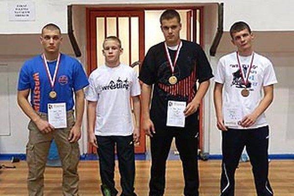 Štvorica kadetov na medzinárodnom turnaji v Poľsku.