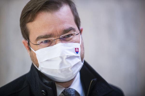 Minister zdravotníctva SR Marek Krajčí (OĽaNO) oznámil registráciu na očkovanie až niekoľko hodín po jej spustení.
