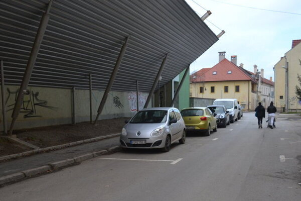 V parkovaní v Prešove postupne pribúdajú novinky.