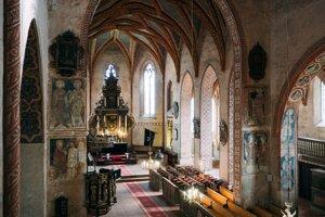 Útroby kostolov na Gemeri a v Malohonte ukrývajú svetové unikáty.