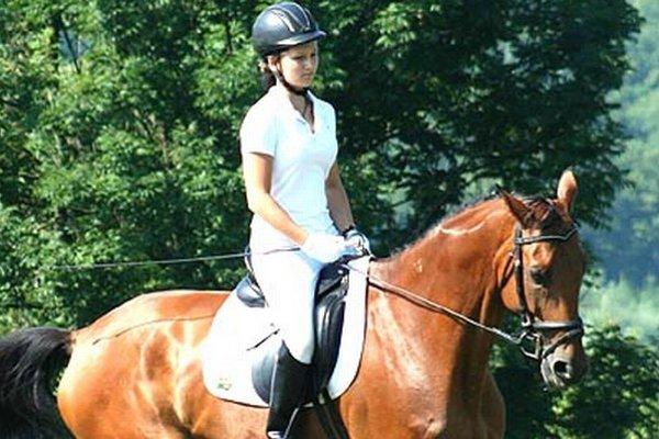 Žofia Pavlenová má 14 rokov, zbiera úspechy v drezúre.
