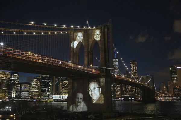 New York si pripomenul obete pandémie.