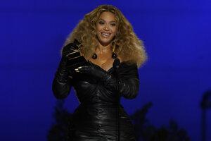 Beyoncé počas ceremoniálu 63. ročníka Grammy.