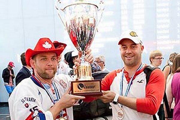 Aj majstri sveta Róbert Kašša a Stanislav Petrík budú lobovať za to, aby sa v Nitre hral Svetový pohár 2014.