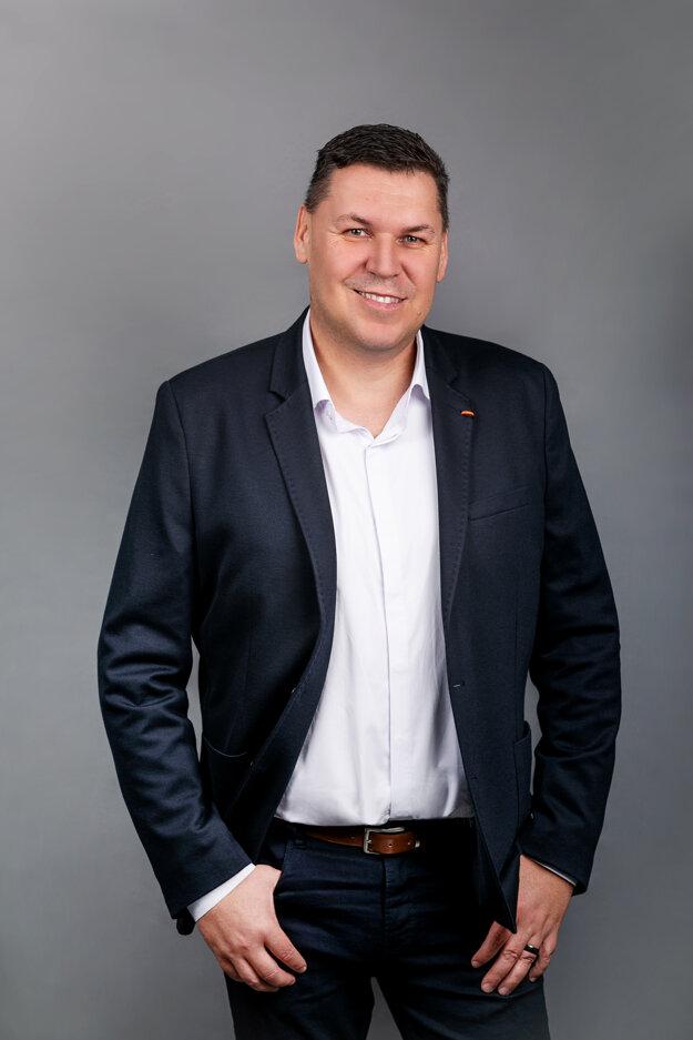 Peter Hrčka, výkonný riaditeľ spoločnosti Foxconn Slovakia.