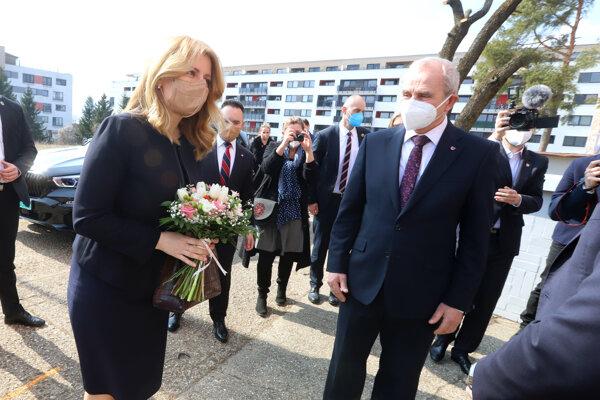 Prezidentka Zuzana Čaputová navštívila vakcinačné centrum v Banskej Bystrici.