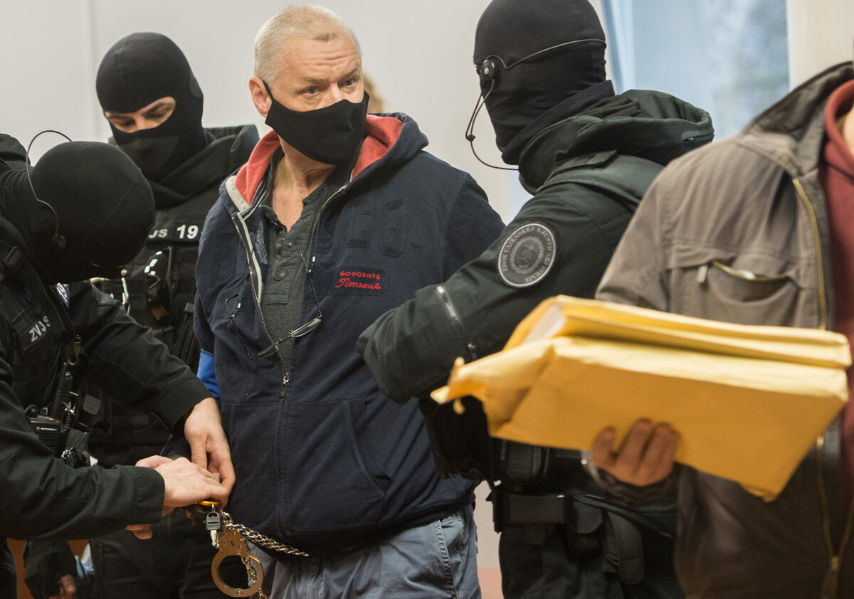 Hrobár sátorovcov požiadal o prepustenie z väzby, sudkyňa žiadosť zamietla - SME