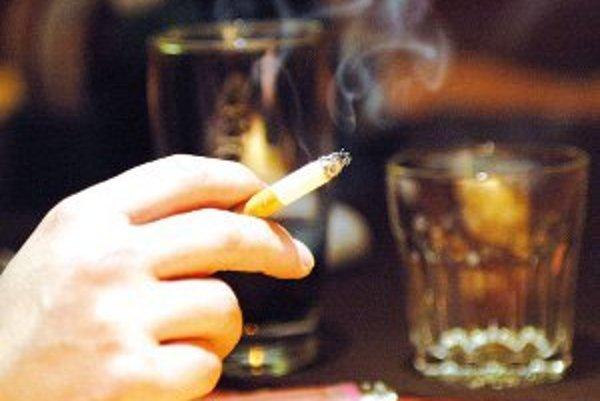 Fajčenie je problémom, ku ktorému začínajú byť ľahostajní ešte aj pedagógovia.