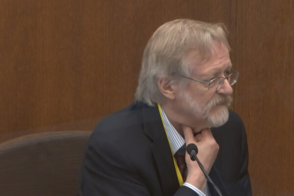 Na súde v americkom meste Minneapolis vypovedal popredný odborník na pľúcne ochorenia Martin Tobin.