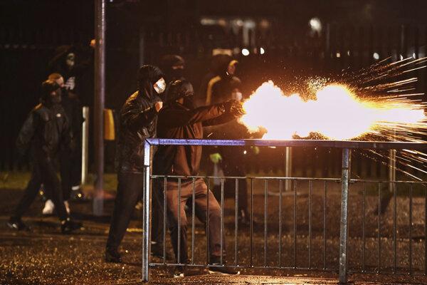Nepokoje v Belfaste.