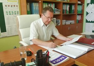 PaedDr. Peter Kriška, PhD., riaditeľ ZŠ Saratovská 85 Levice.