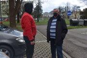 Stretnutie Pavla Guľka (vpravo) s cyklistom.