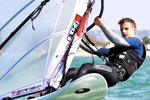 Matej Štefaničiak si obľúbil windsurfing.