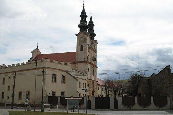 Kláštor Kongregácie najsvätejšieho Vykupiteľa, známej aj ako redemptoristi, v Podolínci, ktorý slúžil ako zberný centralizačný tábor.