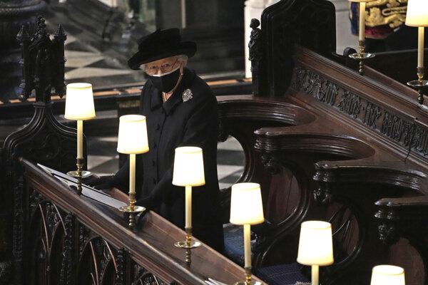 Kráľovná Alžbeta II na pohrebe princa Philipa
