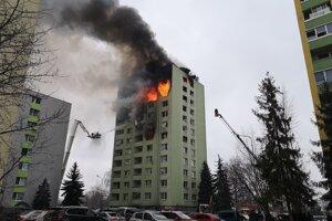 Tragický výbuch plynu a požiar bytového domu na Mukačevskej ulici v Prešove v decembri 2019.