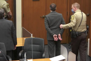 Expolicajta odsúdili za vraždu Georgea Floyda.