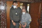 Justičná stráž odvádza Milana K. po vynesení rozsudku.